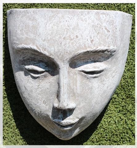 DKP Face Wall Pot Lrg EYE2